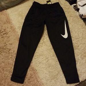 Mens Nike sweatpants.
